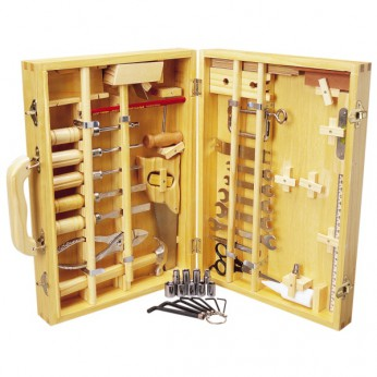 50 Piece Tool Set In Wooden Case reviews