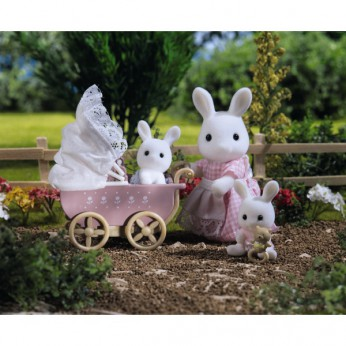 Sylvanian Connor and  Kerri's Pram Ride reviews