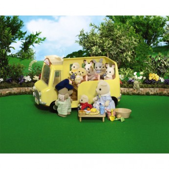 Sylvanian Nursery School Bus Added Value reviews