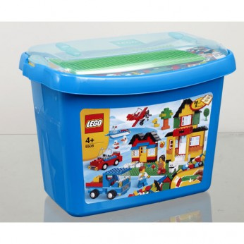 LEGO Deluxe Brick Box 5508 reviews