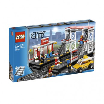 LEGO City Train Station 7937 reviews