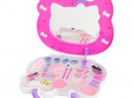 Hello Kitty Cosmetic Case