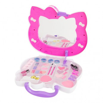 Hello Kitty Cosmetic Case reviews