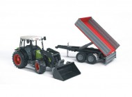 Claas Nectis 267F with Tipping Trailer