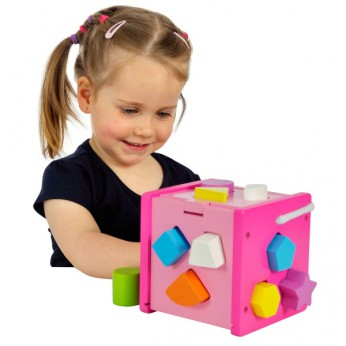 Shape Sorting Cube Pink reviews