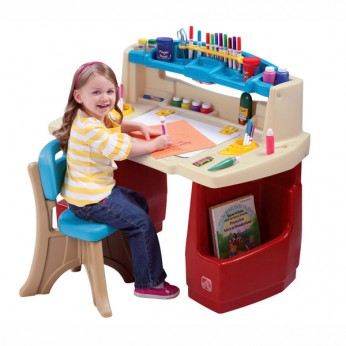 Step 2 Deluxe Art Activity Desk reviews