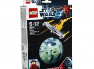 LEGO Star Wars Naboo Starfighter and Naboo 9674