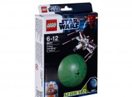 LEGO X-wing Starfighter and Yavin 4 9677
