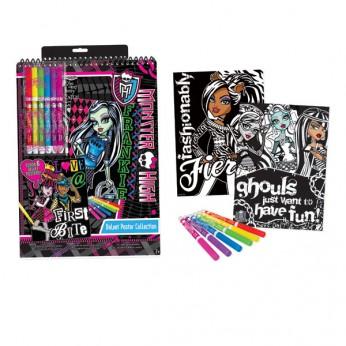 Monster High Velvet Poster Set reviews