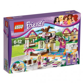 LEGO Friends Heartlake City Pool 41008 reviews
