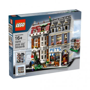 LEGO Pet Shop 10218 reviews