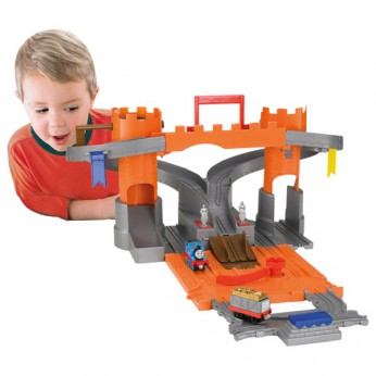 Thomas Take and Play Adventure Castle reviews