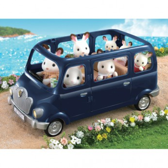 Sylvanian Families Bluebell 7 Seater reviews