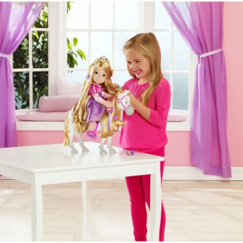 Disney Princess Rapunzel and Maximus reviews