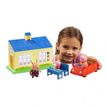 Peppa Pig School and Family Car Playset reviews